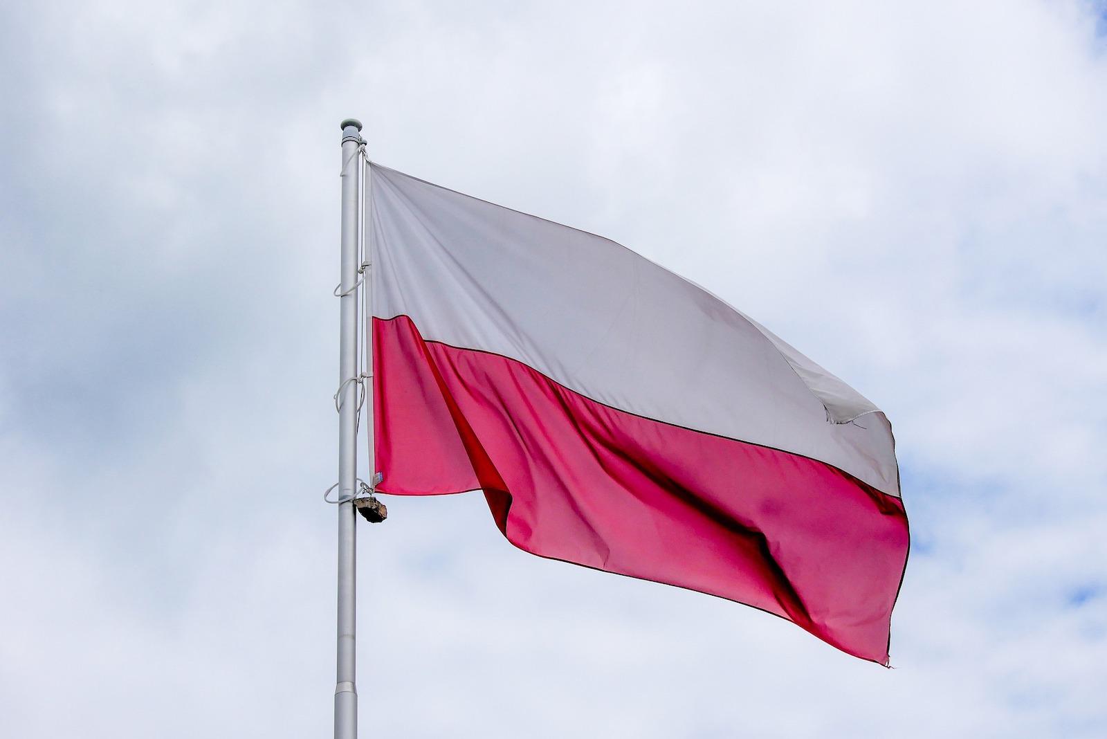 """Wiza do USA - jak wykazać """"trwałe więzi"""" z Polską"""