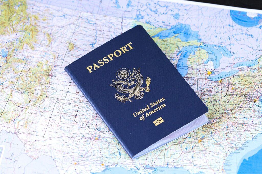 Wiza do USA - Zmiana nazwiska a podróż poślubna