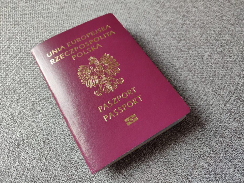Paszport - jak wyrobić?