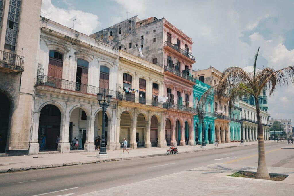 Podróż na Kubę przez USA