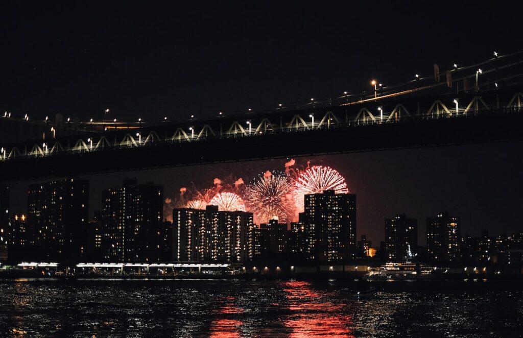 4 lipca - pokaz fajerwerków w Nowym Jorku