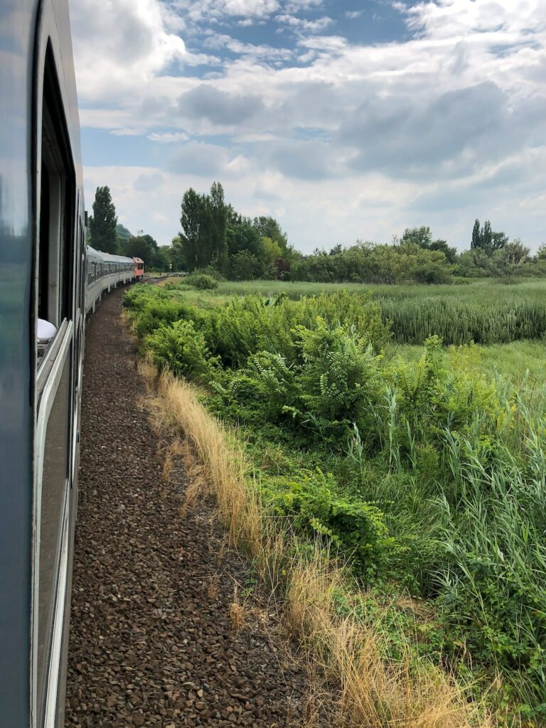 Ekoturystyka - podróżowanie pociągiem