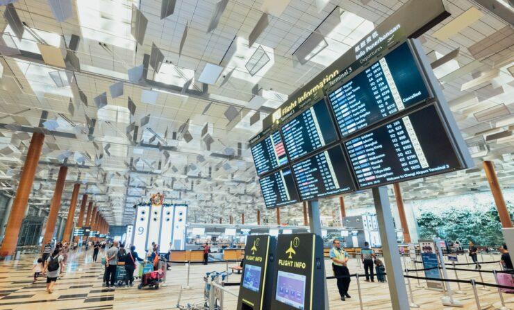 Pierwsza podróż samolotem - procedura na lotnisku krok po kroku